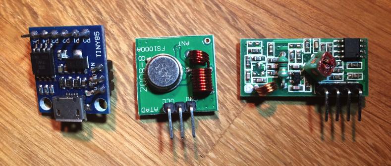 A low energy open door detector with radio signals and MQTT